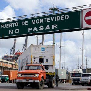Tor zum Hafen Montevideo